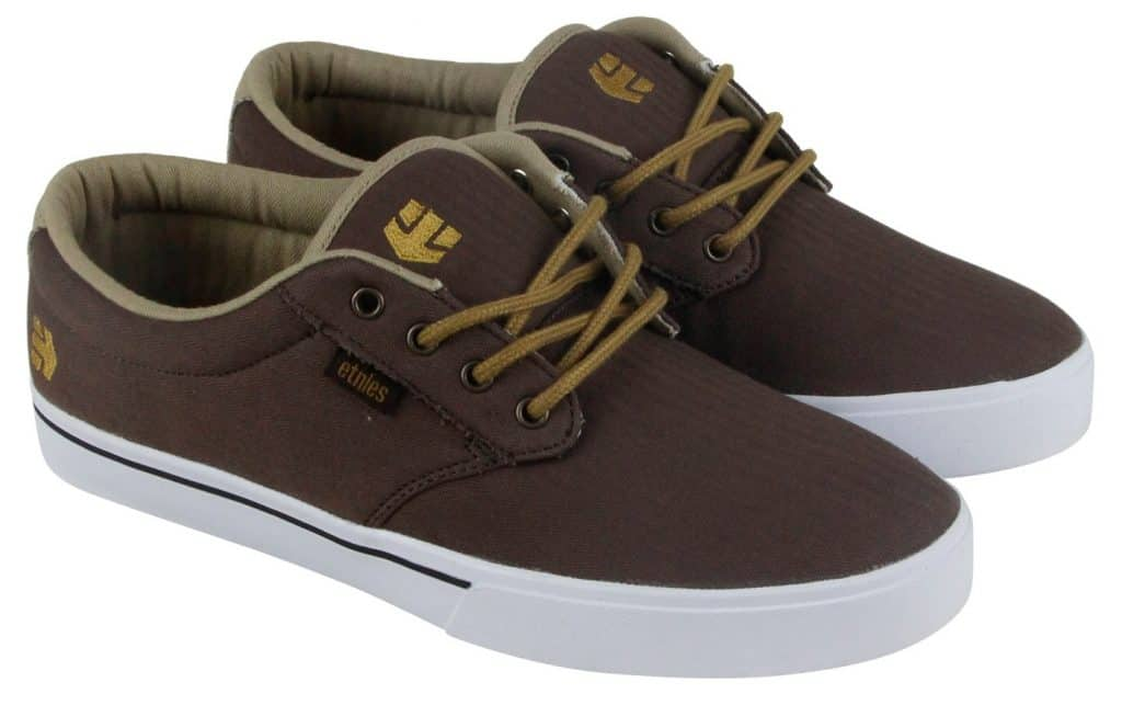 23 Best Skateboard Shoes in 2020 Review